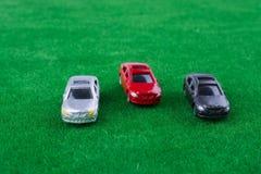 Samochody na trawie obrazy royalty free