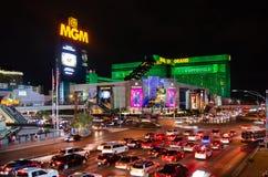 Samochody przy jeden środkowe ulicy Las Vegas zdjęcia royalty free
