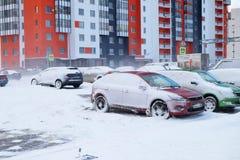 samochody zakrywający śnieg obraz royalty free