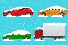 Samochody zakrywający w śniegu na drodze podczas opadu śniegu Śnieżna burza Udziały samochody Zimnego czary pojęcie ilustracji