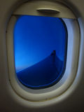 samolot być wizerunek usuwającego widok okno Zdjęcia Stock