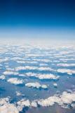 samolot chmurnieje widok Zdjęcia Royalty Free