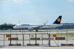 Samolot firma Lufthansa Obrazy Stock