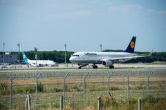 Samolot firma Lufthansa Fotografia Royalty Free