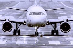 Samolot jest wokoło latać up Zdjęcie Stock