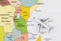 Samolot na mapie Fotografia Stock