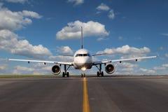 Samolot na taxiway Obraz Royalty Free