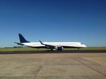 Samolot przy ziemią Zdjęcie Stock