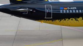 Samolot taxiing po l?dowa? zdjęcie wideo