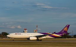 Samolot Thai Airways International Aerobus A330 obraz royalty free