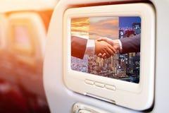 Samolot W lot rozrywki plecy TV ekranach obrazy royalty free
