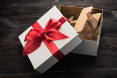 Samolot w prezenta pudełku Zdjęcia Royalty Free