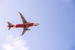 Samolot zdejmował pod widokiem obrazy royalty free