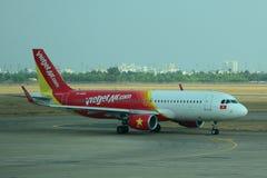 Samolotowa kurtyzacja przy lotniskiem międzynarodowym obraz stock