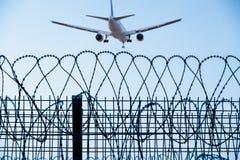 Samolotowa lewica lotnisko Zdjęcie Royalty Free