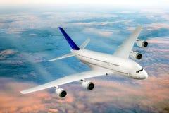 samolotowy lotniskowy nowożytny pobliski niebo fotografia royalty free