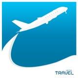 Samolotowy lotów biletów powietrza komarnicy chmury nieba podróży tło Obrazy Stock