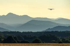 Samolotowy udźwig daleko Fotografia Royalty Free