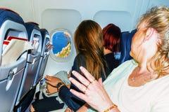 Samolotowy wnętrze z pasażerami Obrazy Stock