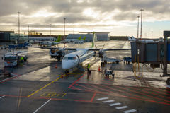 Samoloty niski koszt linii lotniczej firmy powietrze Bałtycki Fotografia Royalty Free