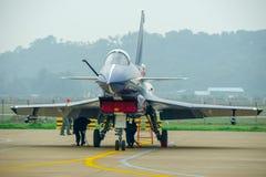 Samoloty szturmowi na asfalcie fotografia stock