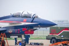 Samoloty szturmowi na asfalcie obraz stock