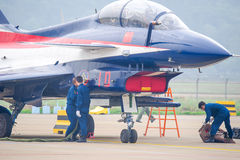 Samoloty szturmowi na asfalcie zdjęcie royalty free