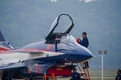 Samoloty szturmowi na asfalcie zdjęcie stock