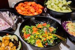 Samoobsługowego bufeta vegeterian śniadanie w hotelu zdjęcia stock