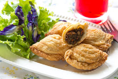 Samosas de pâtisserie Photos stock