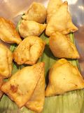 Samosas - Indian fast food Royalty Free Stock Photos