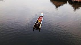Samotna łódź Zdjęcia Royalty Free