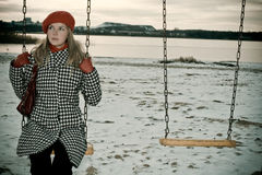 samotnej dziewczyny kołyszący young fotografia royalty free