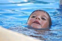 Samotnie w pływackim basenie Zdjęcia Royalty Free