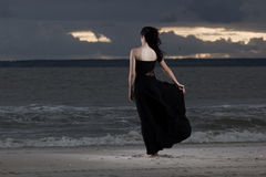 Samotny Brunete model zdjęcie royalty free