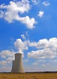 samotny chłodzące wieże Zdjęcie Stock