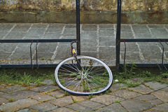 Samotny Tire/Kraść roweru rower Obraz Royalty Free