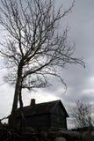 samotny wiejskiego domu stary obraz royalty free