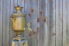 Samovar do russo Imagens de Stock Royalty Free