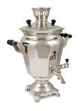 Samovar russian velho do chá isolado no branco Fotos de Stock Royalty Free