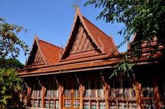 Sampan, Tailandia: Ristorante pranzante di legno Fotografia Stock