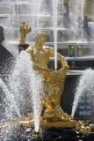 Samson statua w fontannie Peterhof Fotografia Stock
