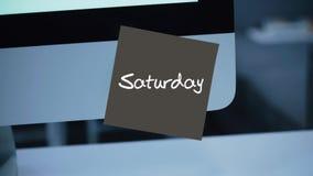 samstag Tage der Woche Die Aufschrift auf dem Aufkleber auf dem Monitor lizenzfreie abbildung