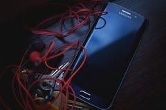 Free Samsung Black Galaxy S6 Edge Royalty Free Stock Photos - 82930048