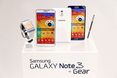 Samsung galaxy note 3 and gear Royalty Free Stock Image