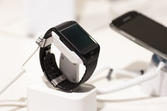 SAMSUNG GEAR 2, MOBILE WORLD CONGRESS 2014 Royalty Free Stock Photos