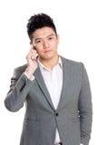 Samtal för affärsman till mobiltelefonen Royaltyfri Fotografi