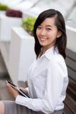 Samtida affärskvinna Royaltyfri Fotografi