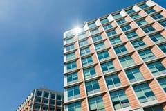 samtida bostadsspain för arkitekturbarcelona byggnad stil Arkivfoton