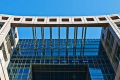 Samtida byggnadsvägg Arkivfoto
